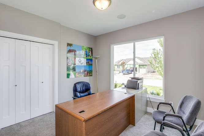 4316 N Ridge Port St Wichita-small-019-33-Bedroom 2-666x445-72dpi.jpg