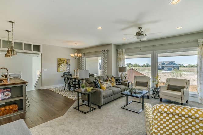 6285 W Kollmeyer Ct Wichita KS-small-005-4-Living Room-666x445-72dpi.jpg