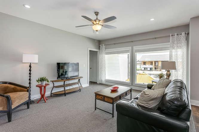 6505 W Kollmeyer Ct Wichita KS-small-008-67-Living Room-666x444-72dpi.jpg