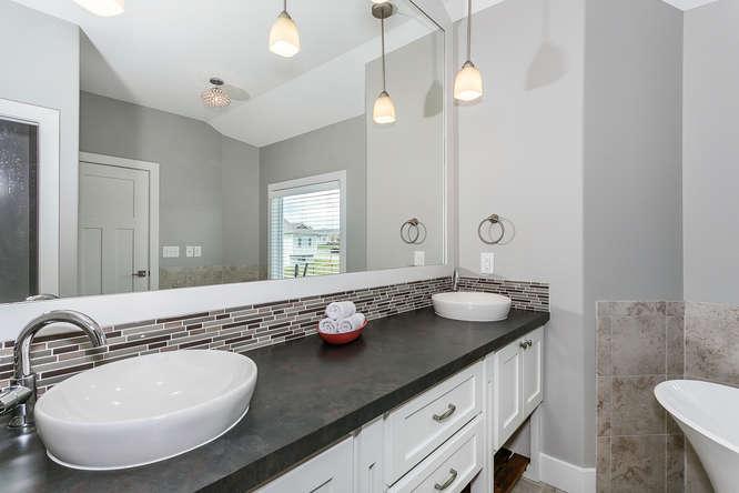 6505 W Kollmeyer Ct Wichita KS-small-023-58-Master Bath-666x444-72dpi.jpg
