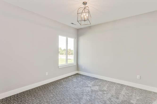 6305 Driftwood Wichita KS-small-018-15-Bedroom 3-666x445-72dpi.jpg