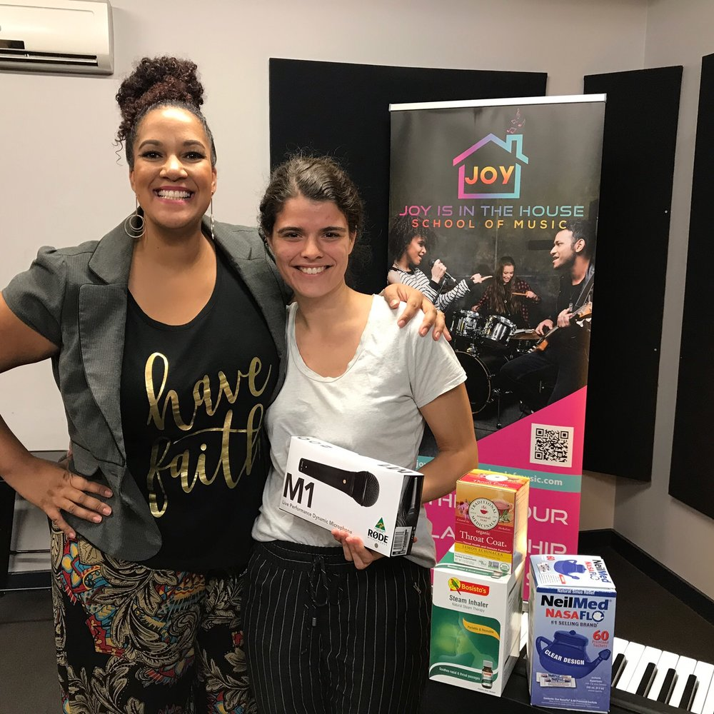 """March VOCAL WORKSHOP WITH AYODELE - Intentionally smaller, we had a fantastic night of collaboration and learnt more about our voice, mindset and performance.Michaela won our door prize - a voice care kit and a Rode performing microphone! WOO!Here are some testimonials from the night:""""I love learning the techniques. It's something I've never thought about.""""""""I loved the part dedicated to mindset."""" """"Love the vibe and non judgement.""""Why don't you join us for the next one?! April 30th 7pm-9pm"""