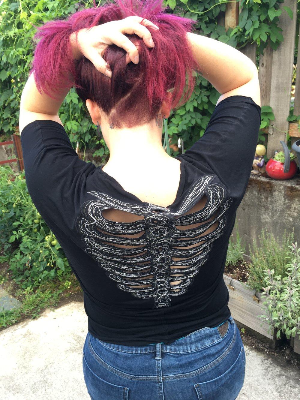 Ribcage cutout t-shirt modification