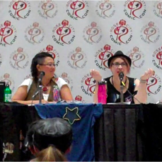Mod That Shirt  panel with  Liz Start  at  Rose City Comic Con  in 2014