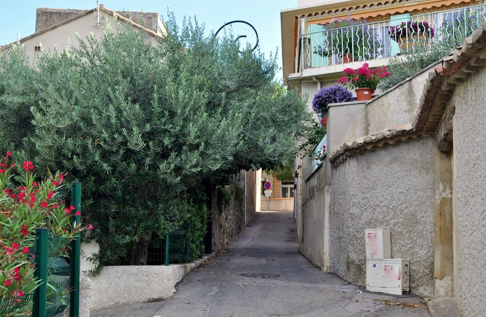 The streets of Sablet