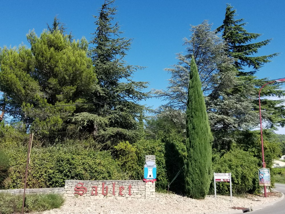 One of several entrances to the village of Sablet