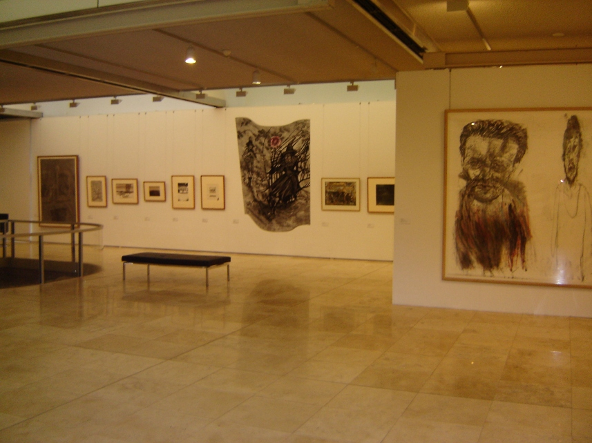 Installation view (Wall drawing by Lee Zaunders)