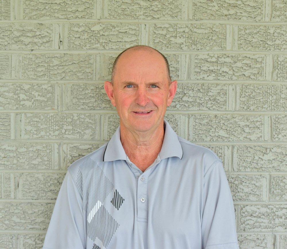 PAUL BALLARD |Golf Assistant -