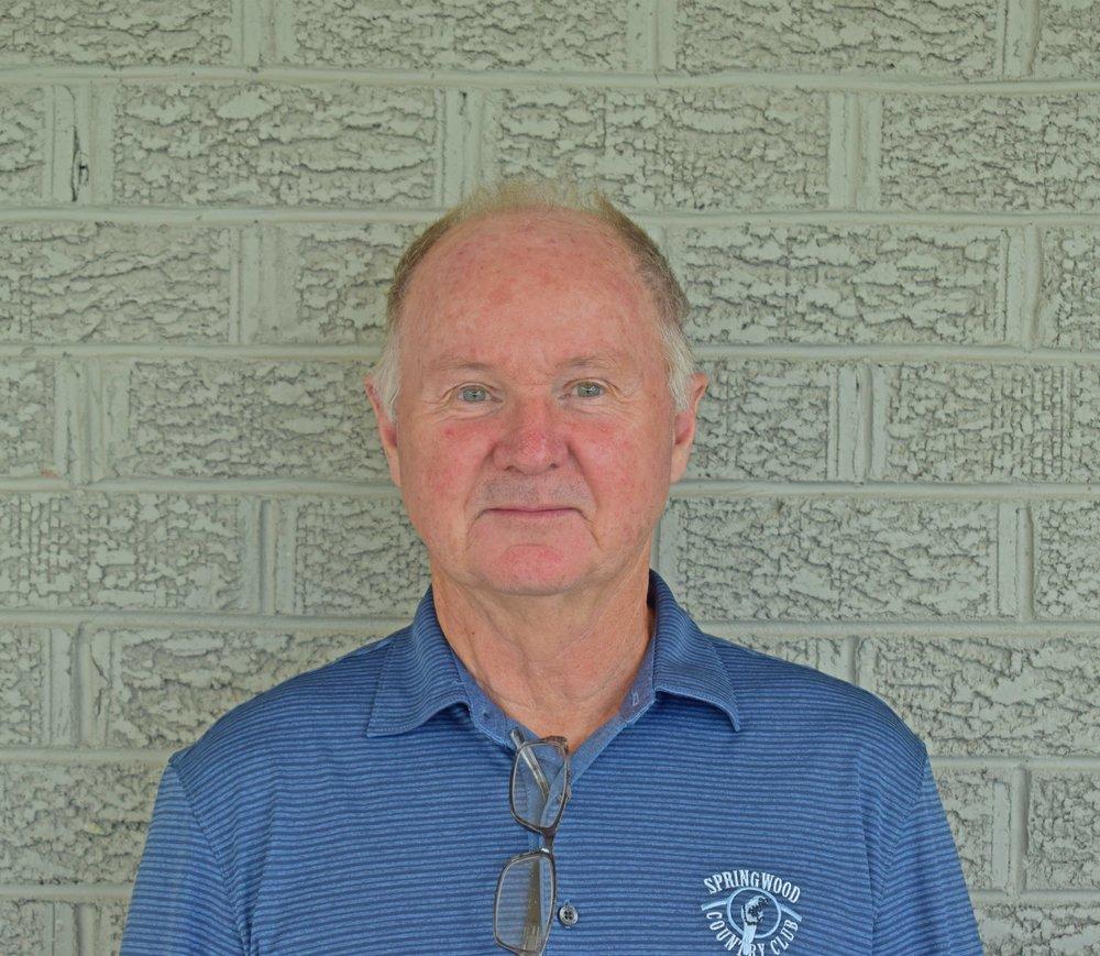 PERRY DIXON |Golf Assistant -