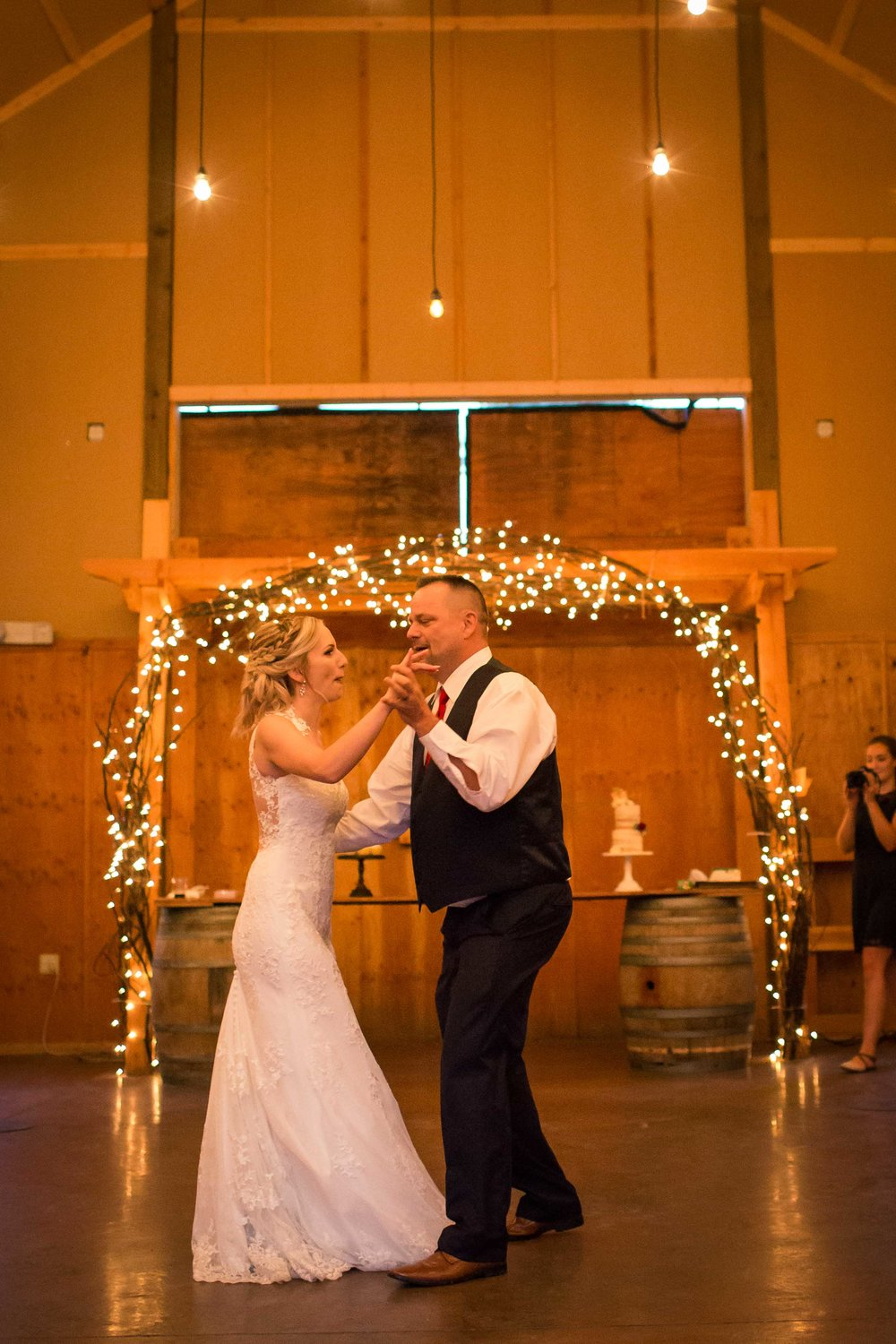 Reception Heather and Zac - DillonVibes Photography-7.jpg