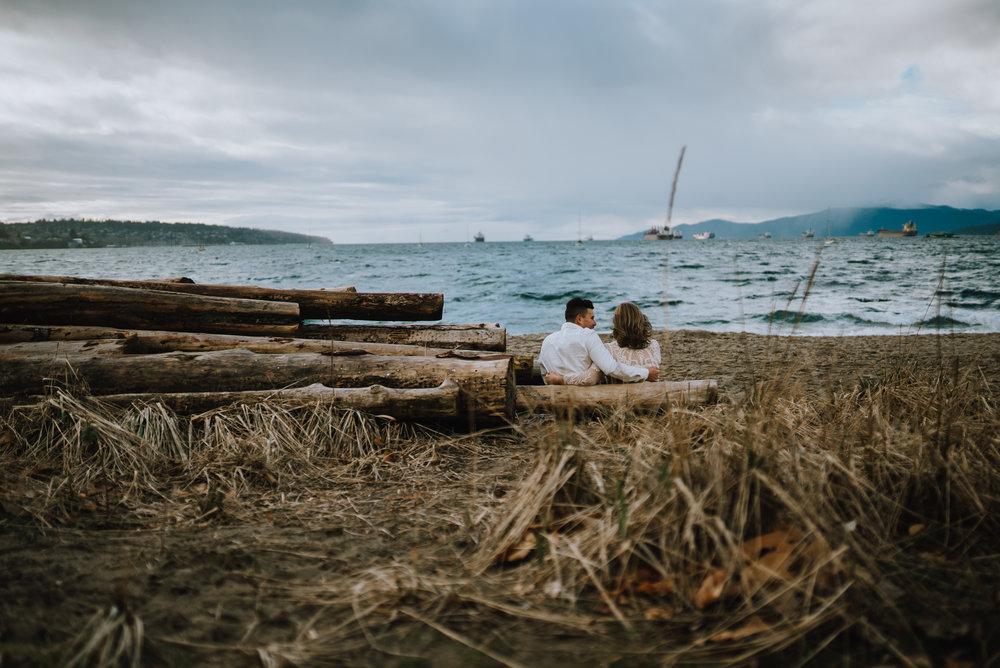 kitsilano-engagement-photoshoot