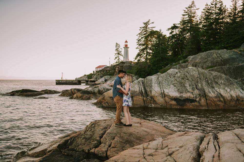 west-vancouver-engagment-1.jpg