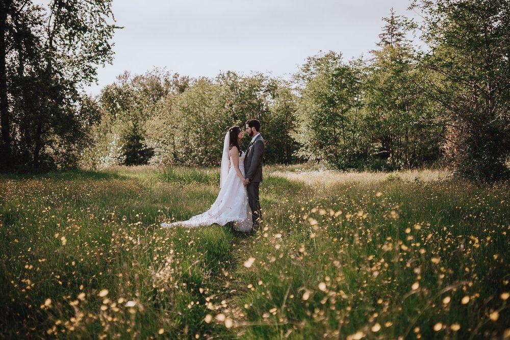 langley-backyard-wedding-photographer