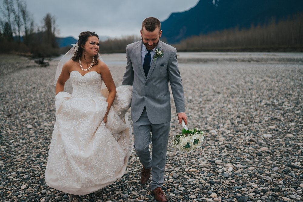 fraser-river-lodge-wedding-photography
