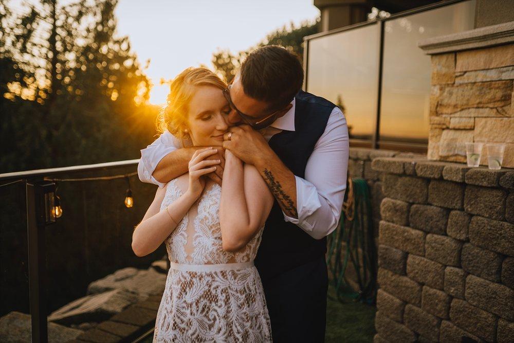 backyard-pitt-meadows-wedding-photographer