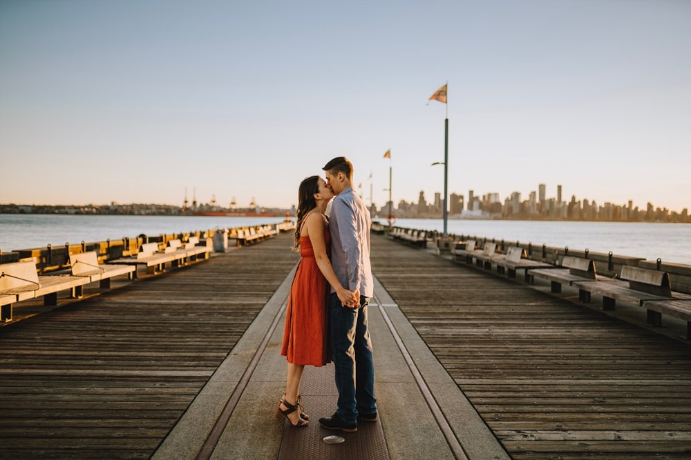 north vancouver engagement photos