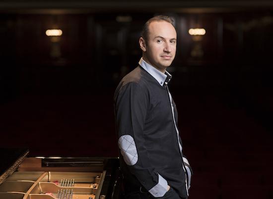 Simon Trpceski - - piano -