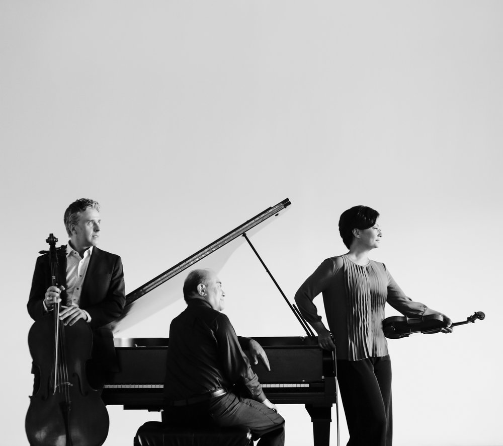 Gryphon Trio 6_credit Bo Huang.jpg