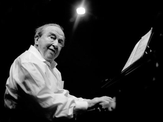 Menahem Pressler - - piano -