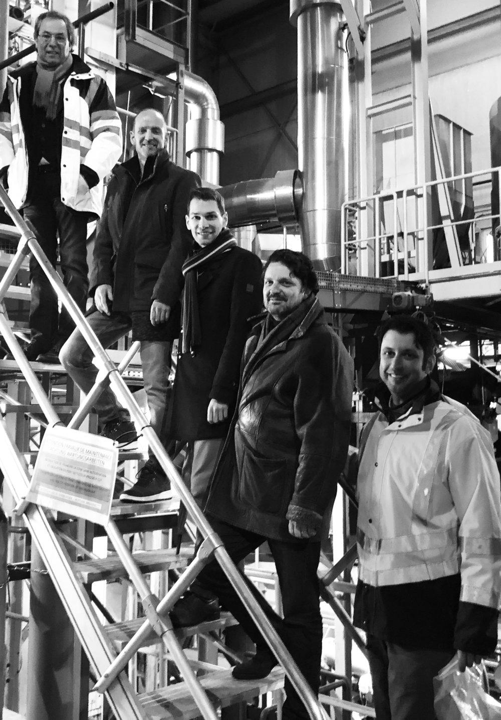 Präsident von Soil Concept Marc Demoulling, Carbonauten Torsten Becker, Stephan Enge und Christoph Hiemer sowie Alex Kolomijtschuk. Zum Soil Concept-Team gehört noch Betriebsleiter Ralf Köhler.