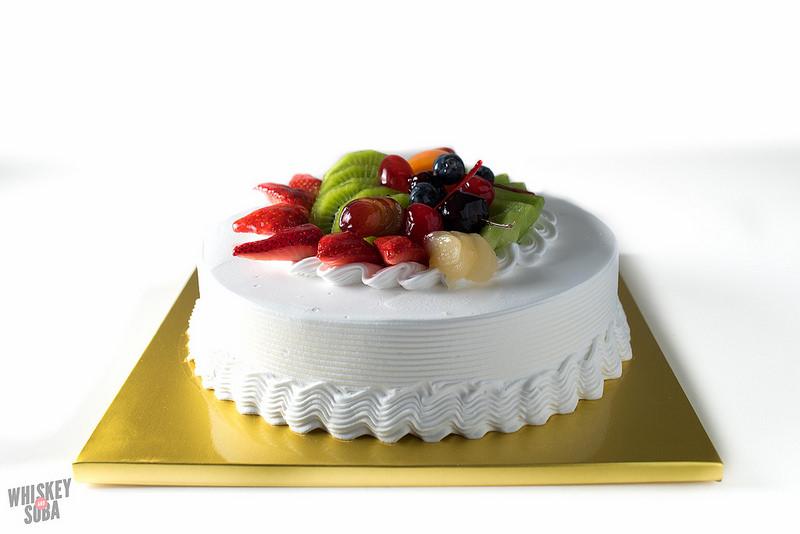 vanilla cake kim's bakery st.louis