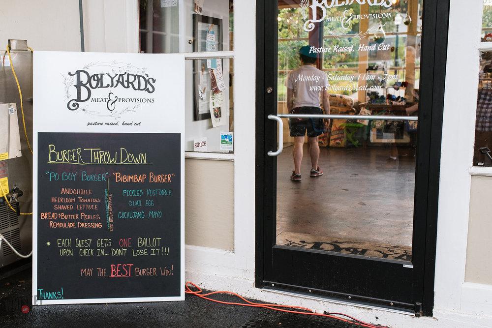 Signboard Bolyard's Burger Battle
