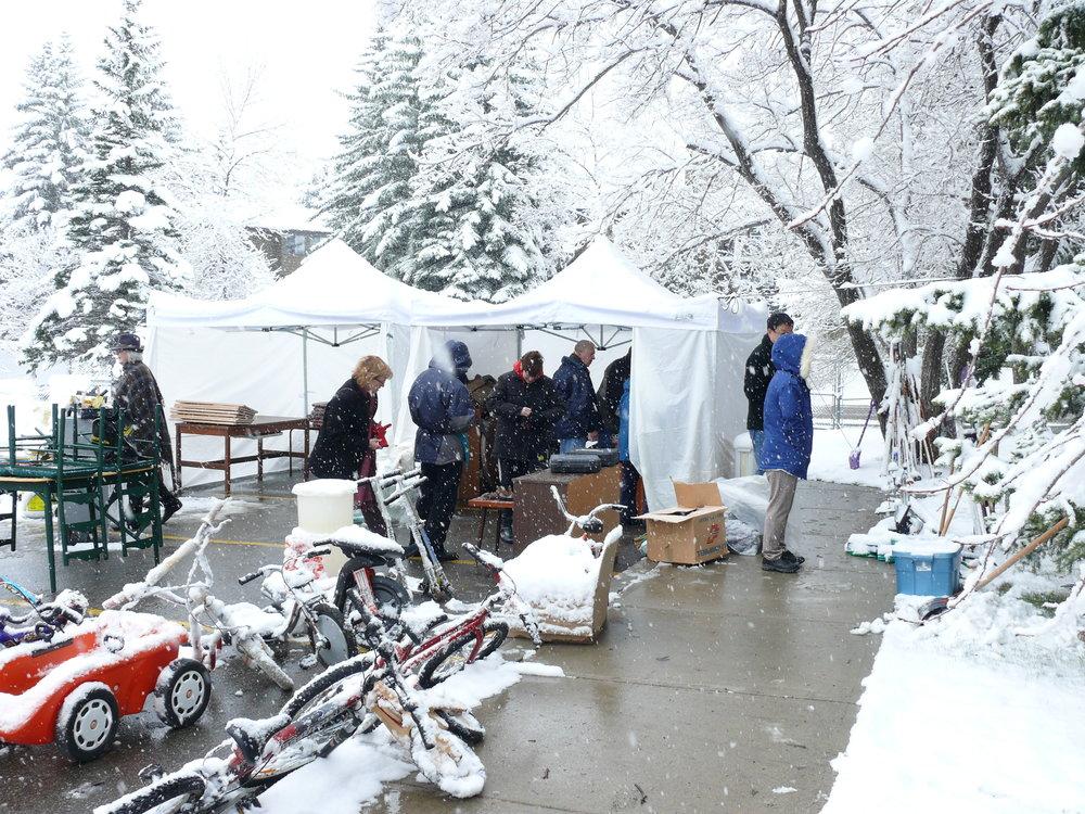 winter garage sale.JPG
