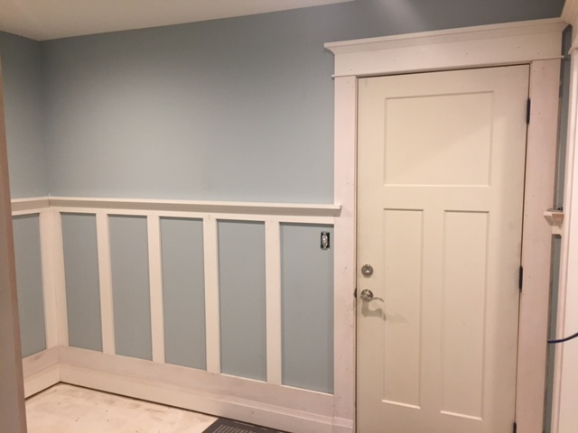 How to Install Wainscoting in your House!