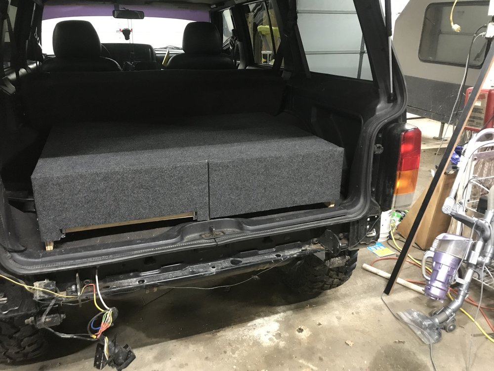 carpeted overland drawers.JPG