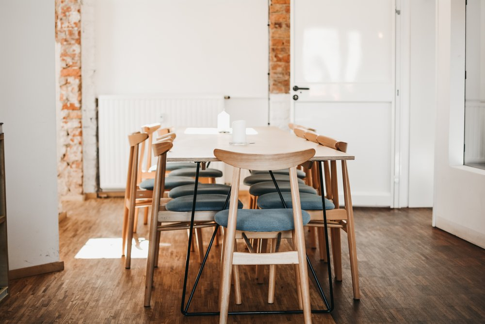 dining room sans fresh eucalyptus branches centerpiece