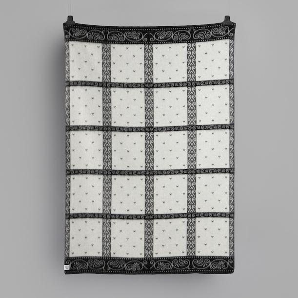289b2786 Røros Tweed Kristin Wool Blanket Natural Grey