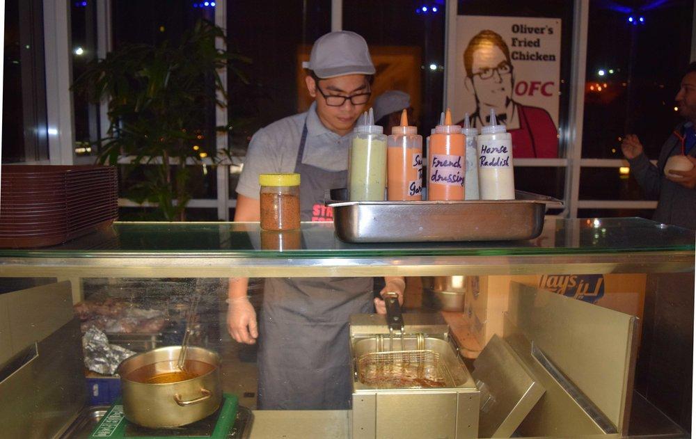 fried-chicken-street-food-marriott