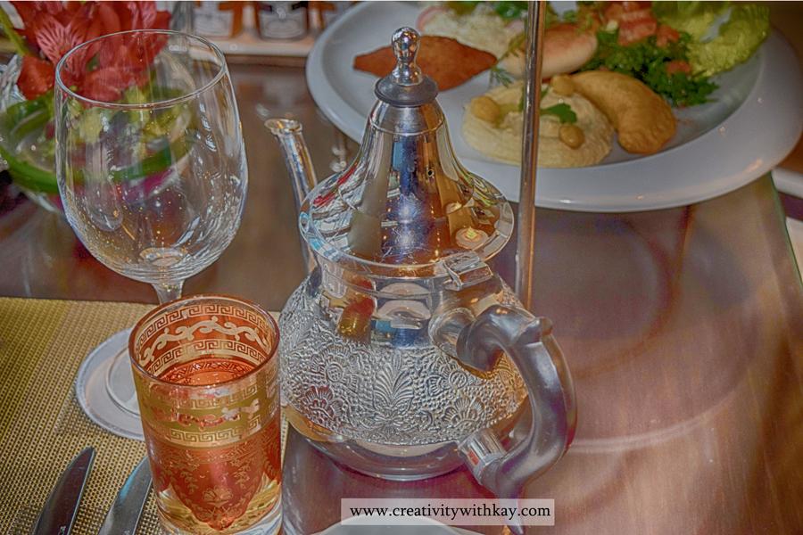 afternoon-tea-lobby-lounge-icdohathecity-qatar-blogger-moroccan-tea.jpg