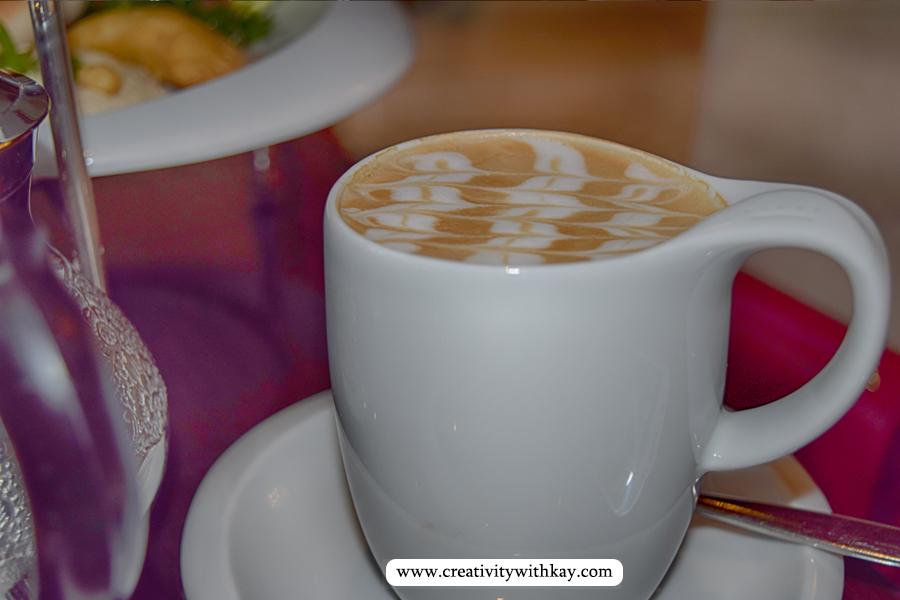 afternoon-tea-lobby-lounge-icdohathecity-qatar-blogger-coffeeart-art.jpg