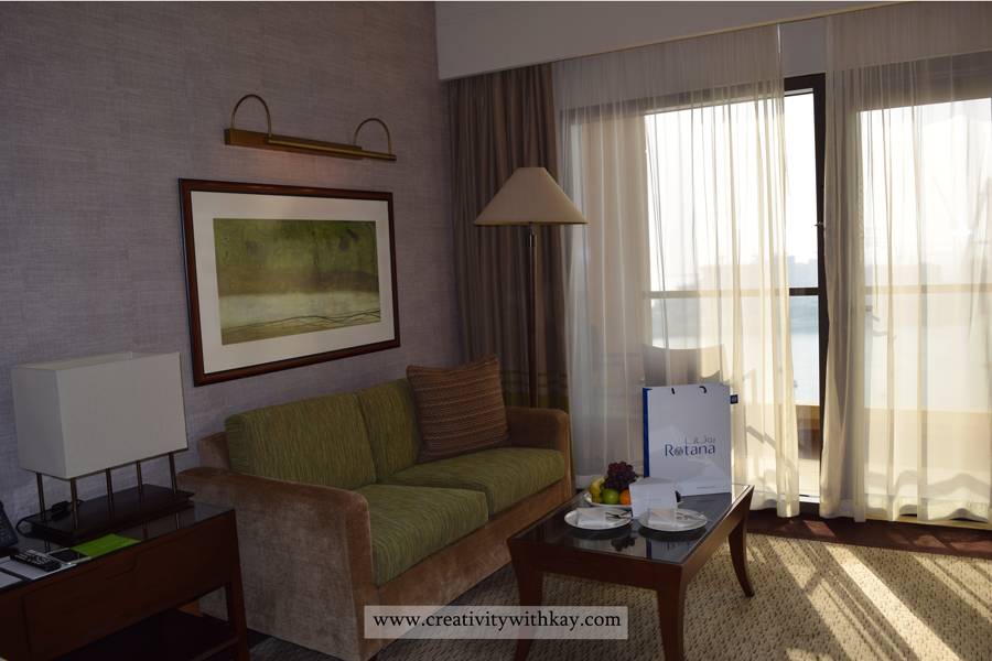amwaj-rotana-stay-review-qatar-travel-blogger-creativitywithkay-khansa-eat-food-aerial-living-room.jpg