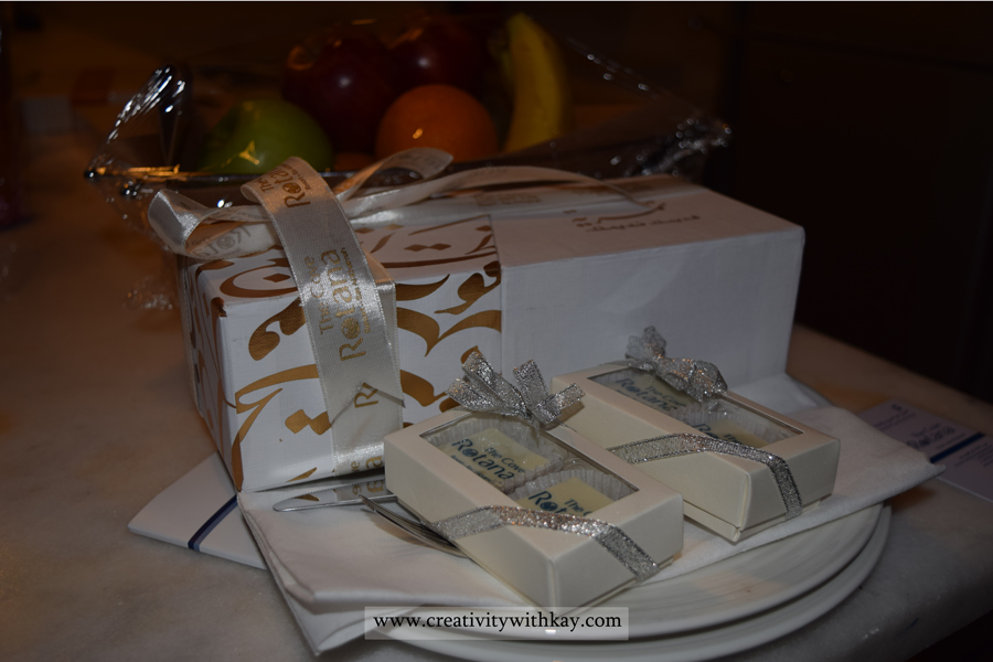 The-Cove-Rotana-resort-Ras-AlKhaimah-Travel-Blogger-Khansa-CreativitywithKay-view-delivery-chocolates.jpg
