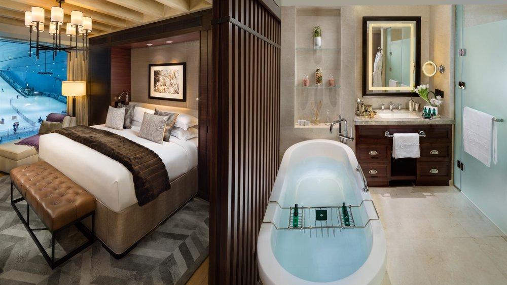 SKI Chalet King Bed & Bathroom