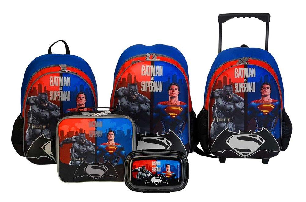 centrepoint-back-to-school-catalogue-launch-2016-superman-vs-batman.jpg