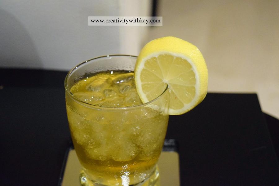 qatar-blogger-spa-day-charmedorient-crowne-plaza-doha-warm-tea-drink