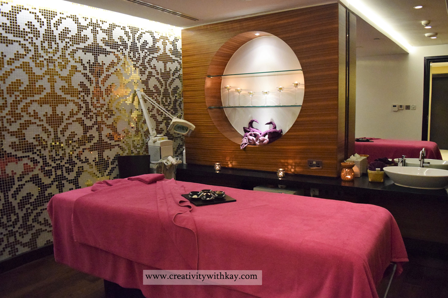 qatar-blogger-spa-day-charmedorient-crowne-plaza-doha-spa-treatment-room