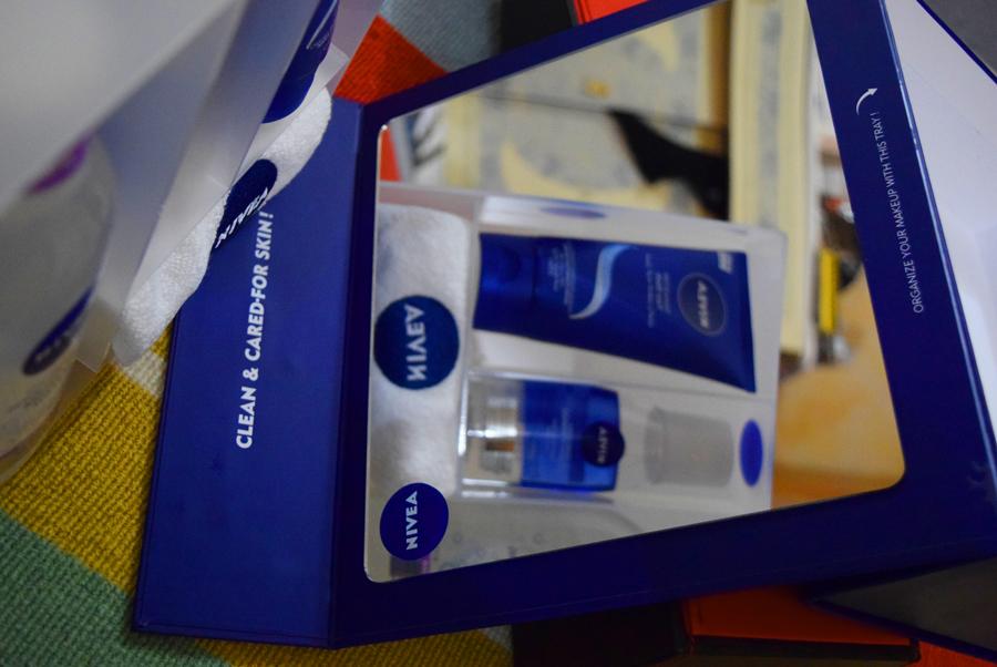 nivea-nomessnostree-skincare-qatar-blogger-products-mirror.jpg