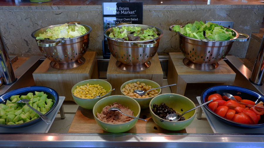 Friday-Brunch-CityCentre-Rotana-salad-fresh-station.jpg
