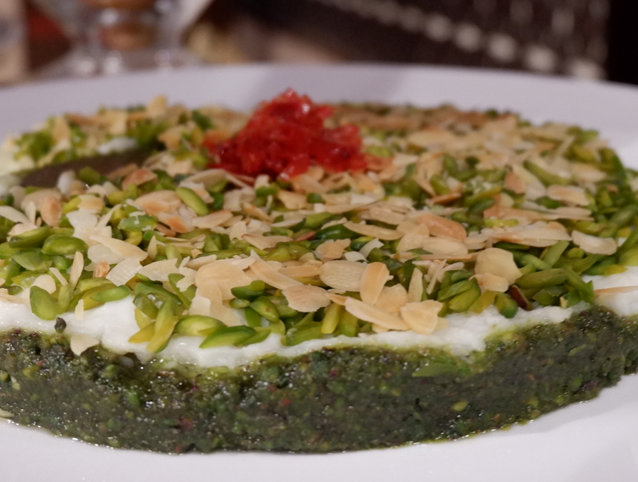 Friday-Brunch-CityCentre-Rotana-arabic-sweets.jpg