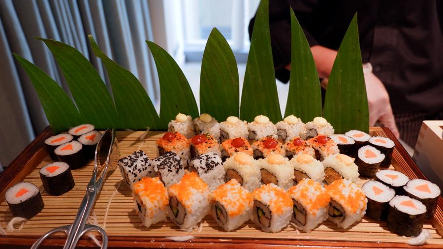 Friday-Brunch-CityCentre-Rotana-sushi.jpg