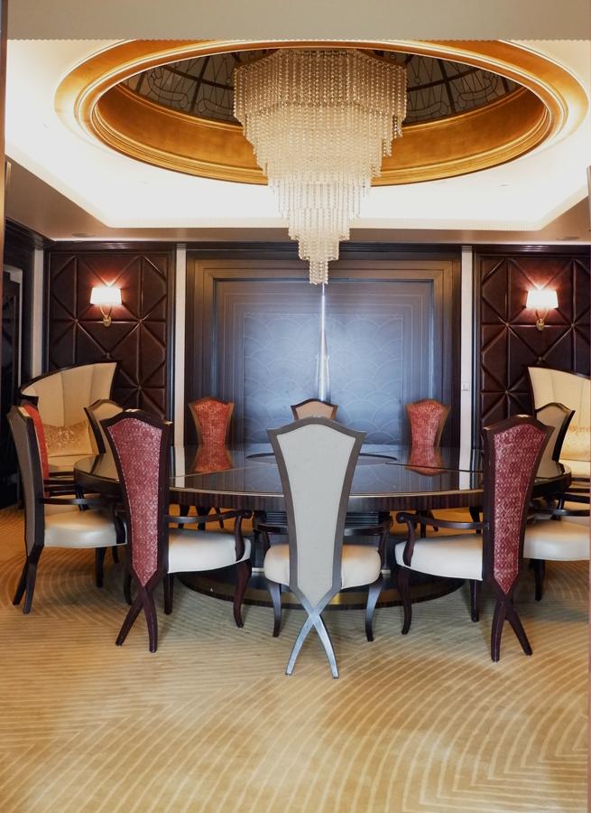abudhabi-suite-dining1.jpg