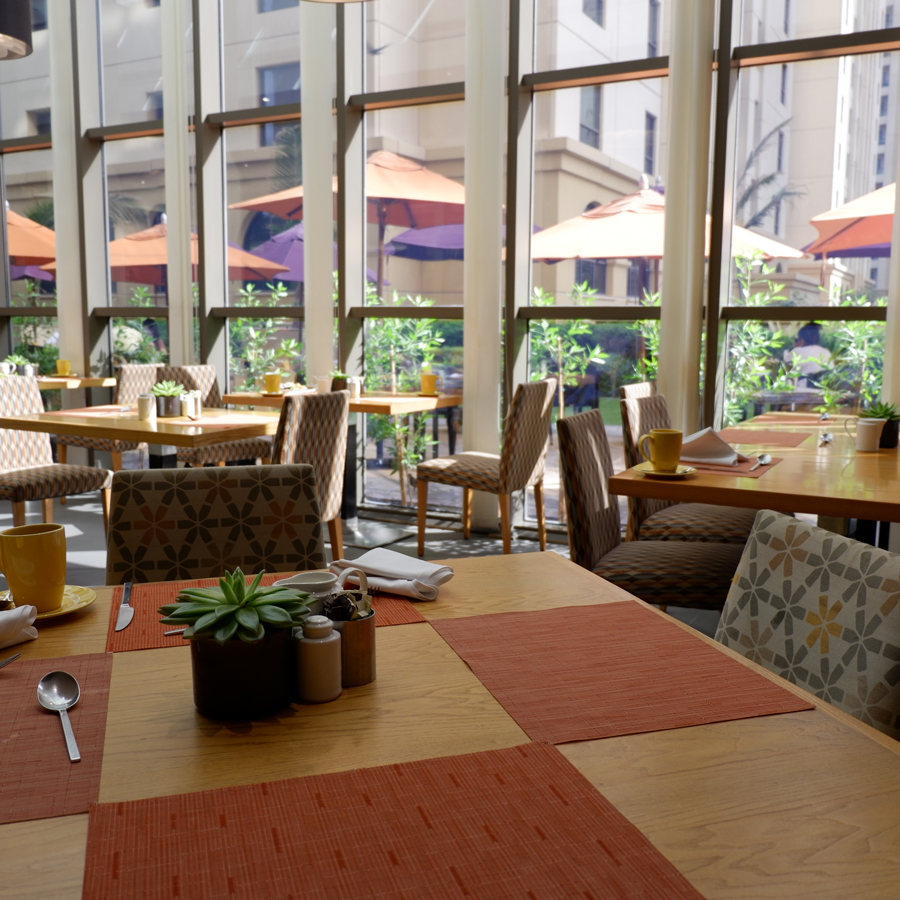 movenpick-jbr-talk-restaurant-seats.jpg