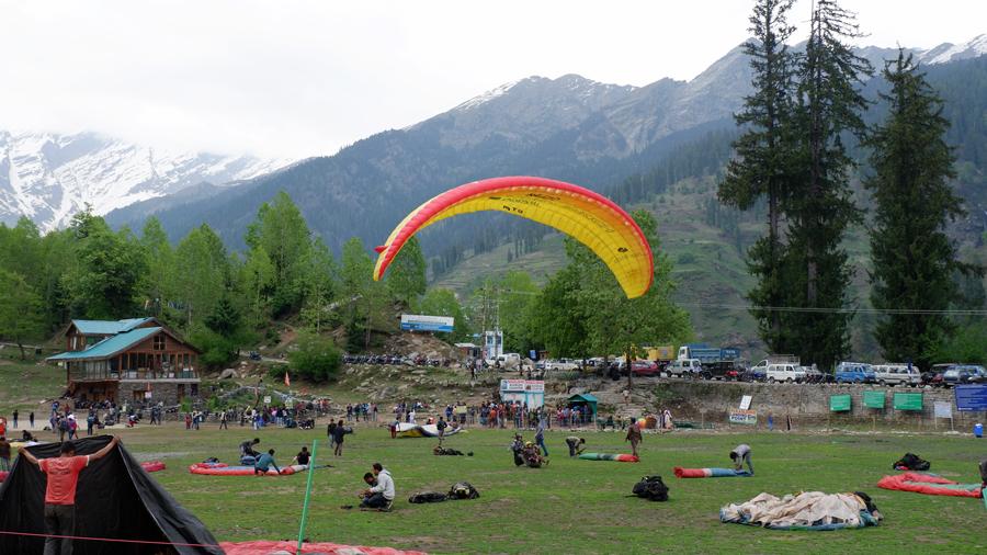 paragliding-solang.jpg