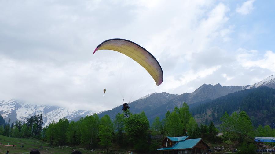 Solang-Valley-Paragliding.jpg