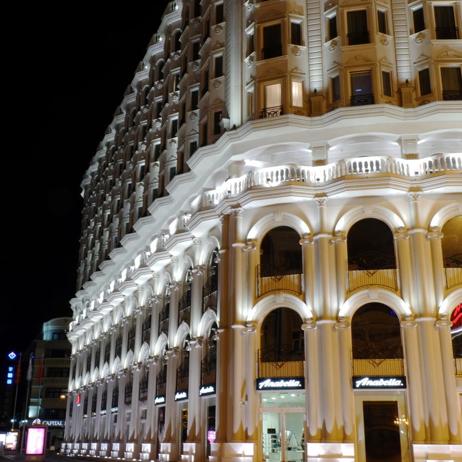 Marriott_Skopje_Night.jpg