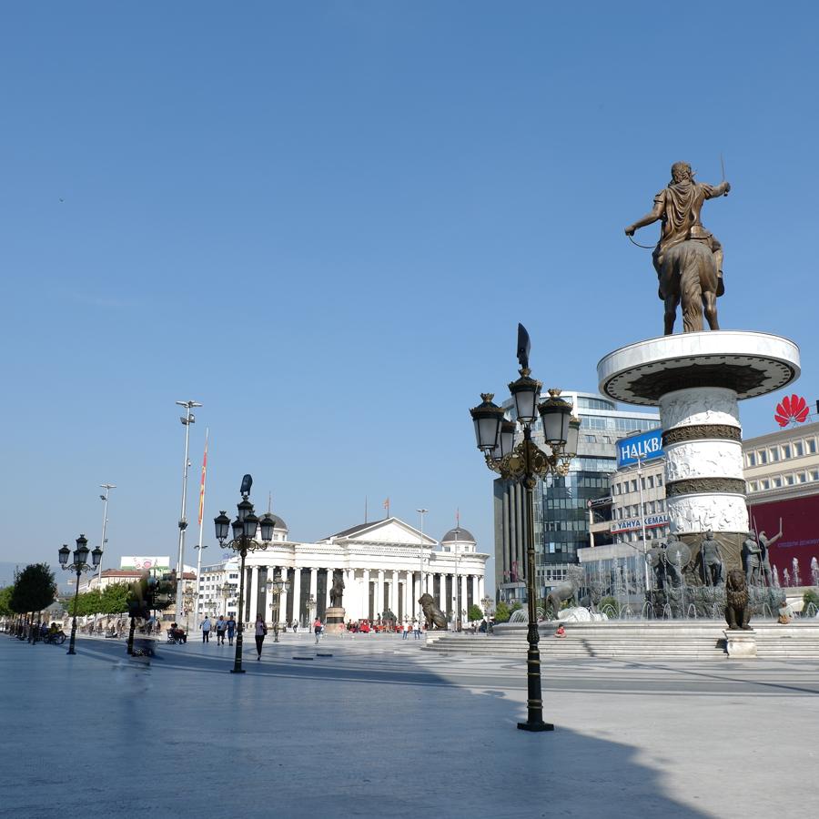 Warrior_On_A_Horse_Skopje_Macedonia.jpg